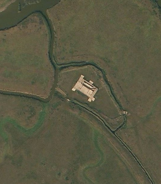 Polders / areas or reclaimed land in the Cliffe Marshes -