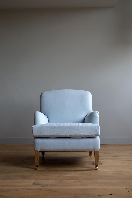 AtelierEllis - The Family Chair