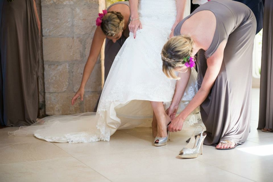helping a bride  2.JPG