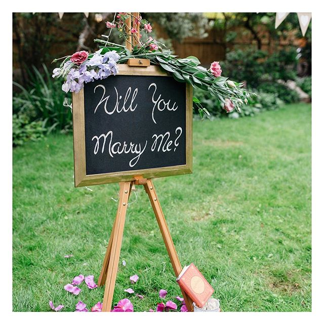 Reminiscing about this gorgeous proposal I helped plan for a lovely couple in a secret London garden. Imagine stumbling into a garden and finding this? Now to help the bride with the wedding #wedding #weddingphotography #bridesmaiddress #bridesmaidsresses #weddingdress #weddinggown #weddinginspo #weddedbliss #weddingstyle #weddingfun #marryingmybestfriend #engagement #engaged #justengaged #newlyengaged #bridetobe #engagementring #realwedding #realbride #bridalparty #maidofhonour #weddingvenue #weddingceremony #weddingreception