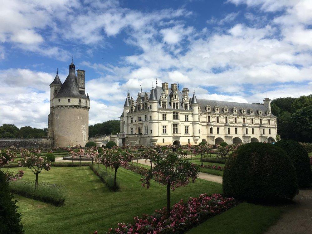 castle-3098212_1920-1024x768.jpg