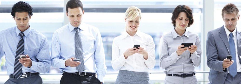 internet-inteligent-devices-solutions-smartphones.jpg