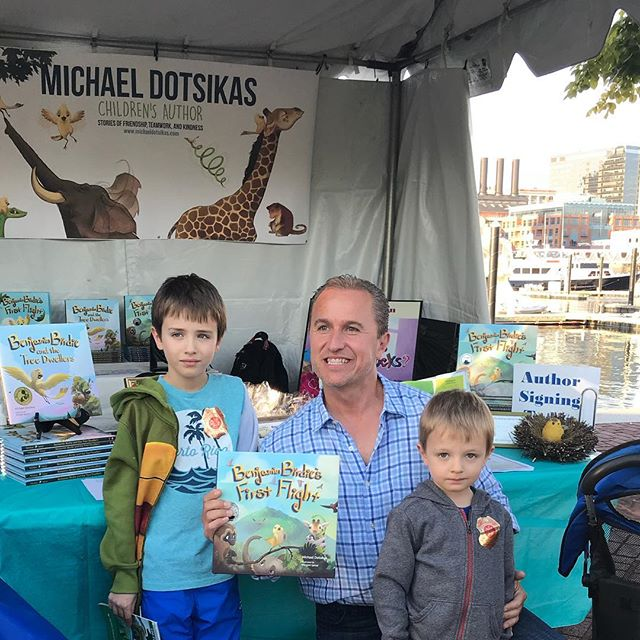 Just a few of the many great fans we were lucky to meet this weekend @bmorebookfest