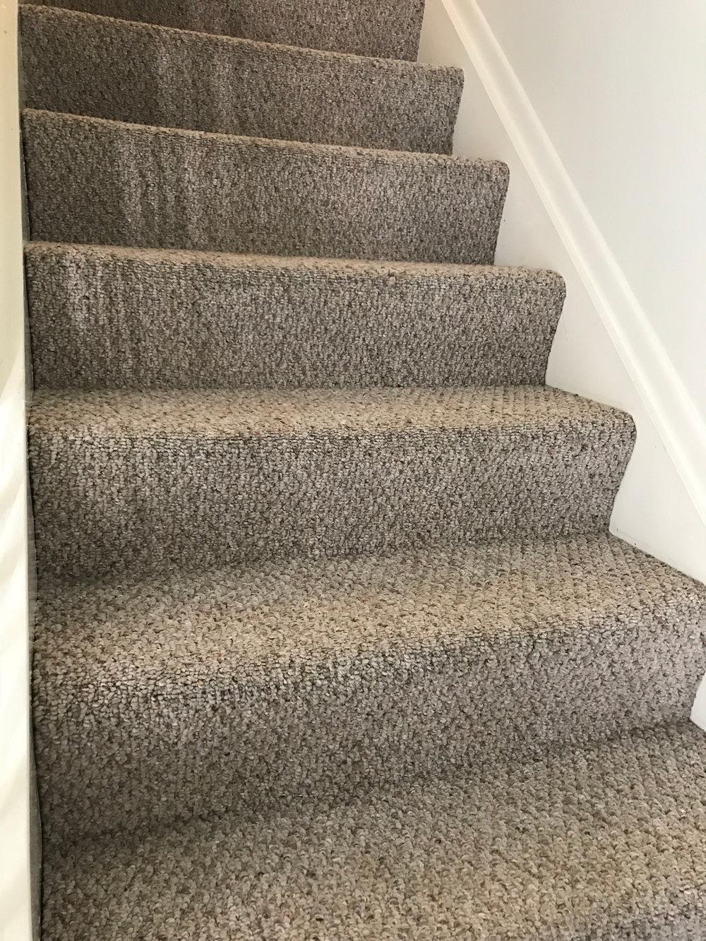 sterling-heights-stair-cleaning-918.jpg
