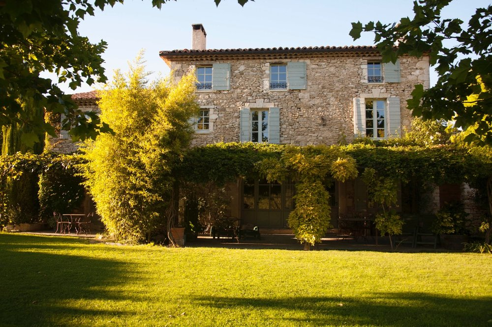 Authenticity-Charm-Comfort - The restoration of this property by owner Joan Duck has been a labour of love with knowledge gleaned from more than twenty years' experience in the Luberon renovating and renting other old properties.