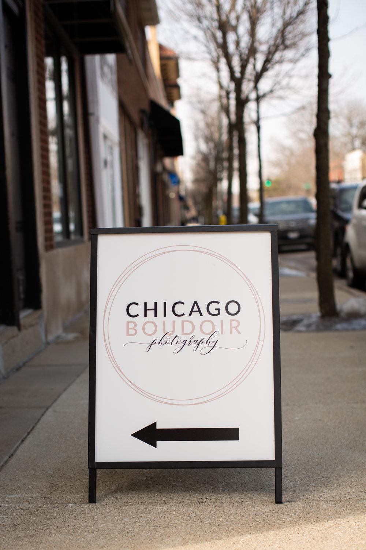 Chicago-Boudoir-Photography-Winnetka-Sidewalk-Sign