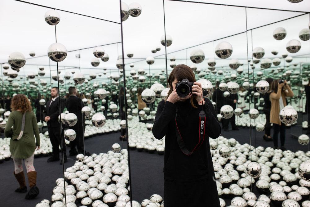 Chicago-boudoir-photographer-at-wndr-museum