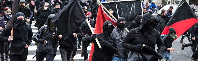 Antifa riot/protests on January 20th, during Inauguration Day in Washington D.C., US. (Photo:  cantfightthetendies ) ( CC 2.0 )