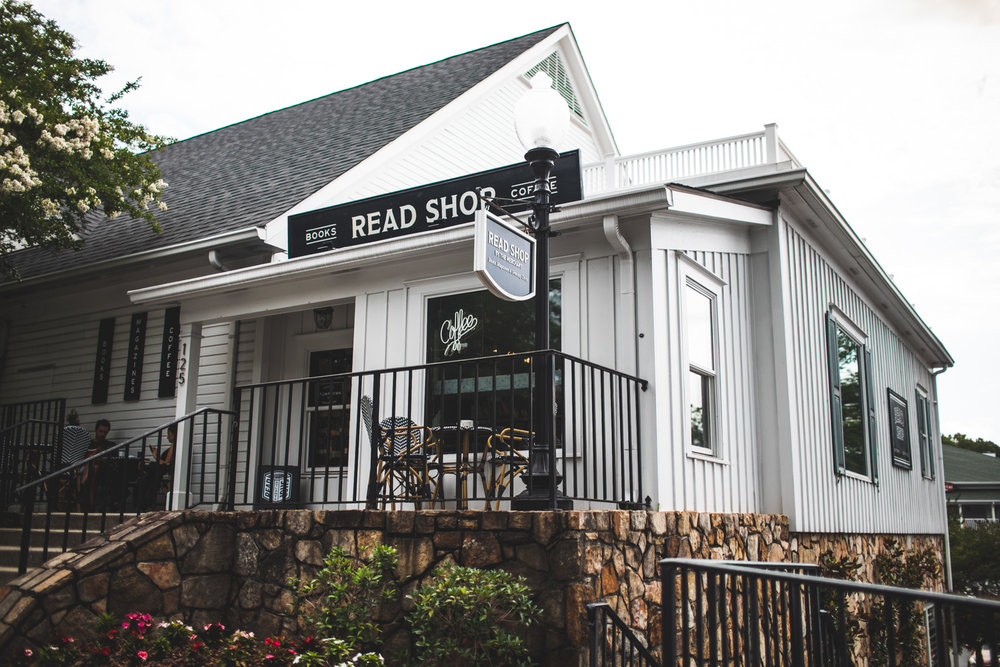 Exterior of Read Shop by the Merchant. The outdoor patio is nice during warmer weather.
