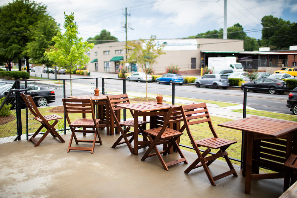 Outdoor patio at East Pole. On the day of this capture, it was a rainy day, so every customer was inside.