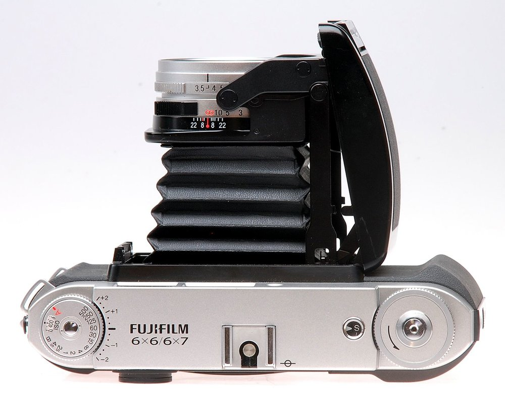 Medium format  - We are interested in most medium format film equipment, provided it is in good working order. We commonly deal with brands such as Rollei, Hasselblad, Pentax, Mamiya, Fujifilm, Bronica, Yashica. etc.