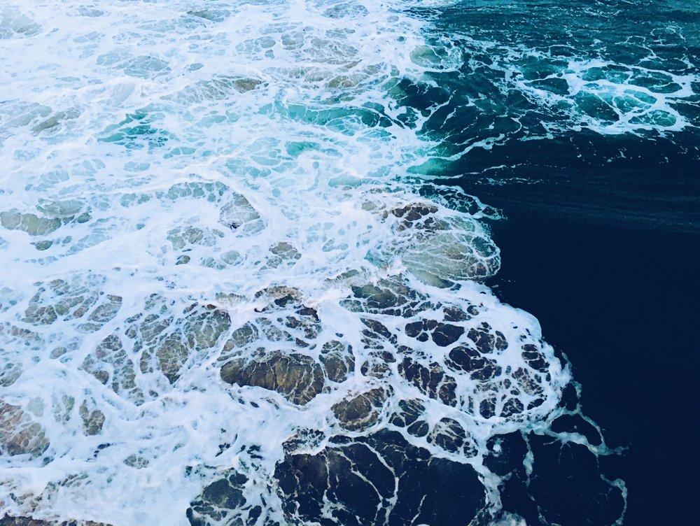 calm-clean-foam-248840.jpg