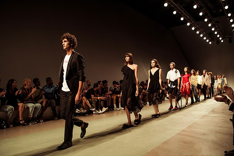 800px-ModaLisboa_-_Lisboa_Fashion_Week.jpg