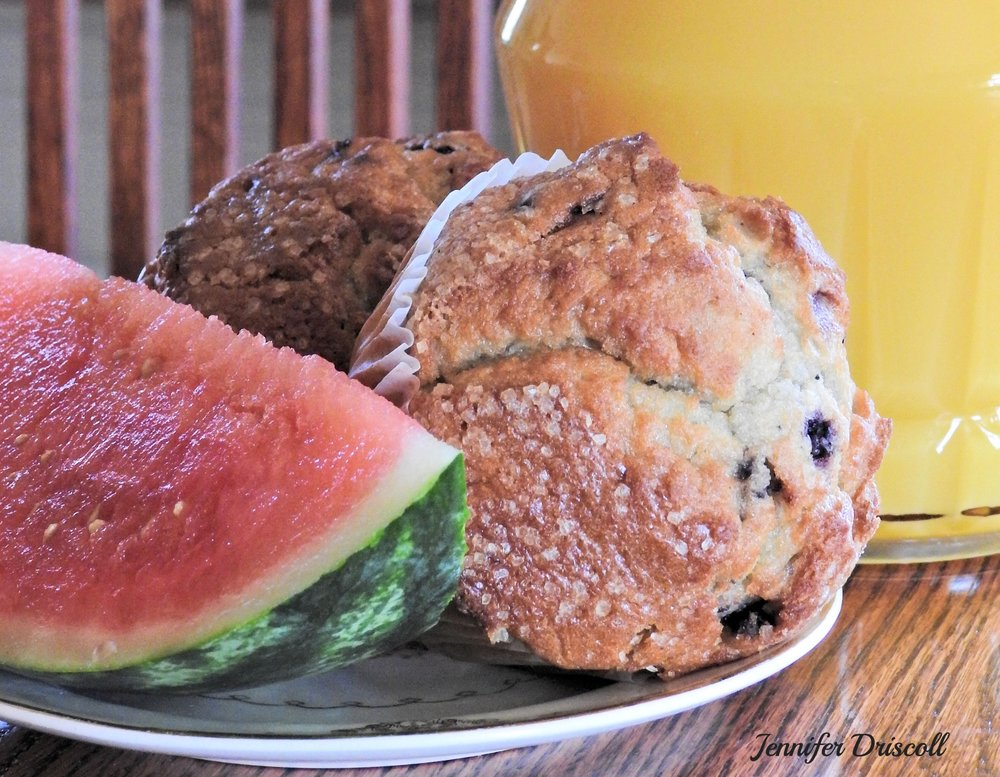 MUFFIN WITH FRUIT -