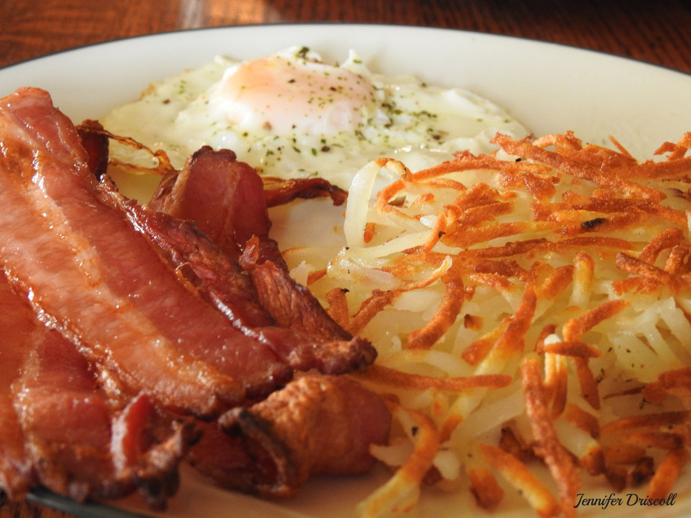 BACON, EGGS, HASH BROWNS WITH TOAST -