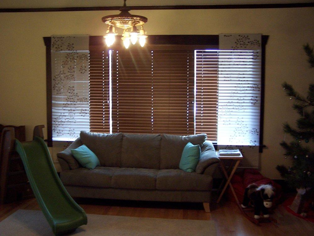 Craig 627 Silver living room 2.JPG
