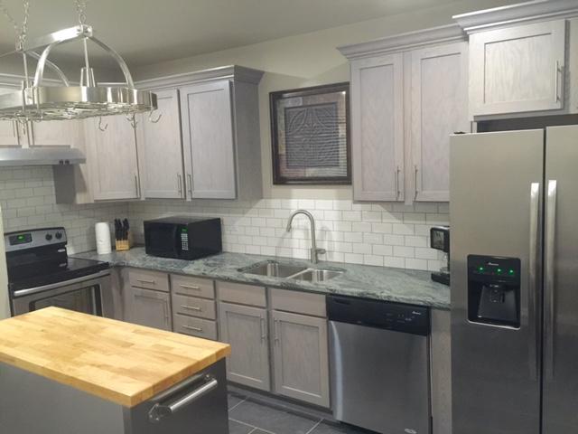 409A Park interior kitchen.jpg