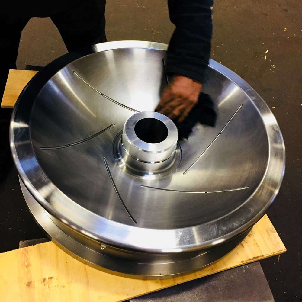Working in collaboration with multiple partners, our staff managed the fabrication of custom heavy duty flatcar bearings.