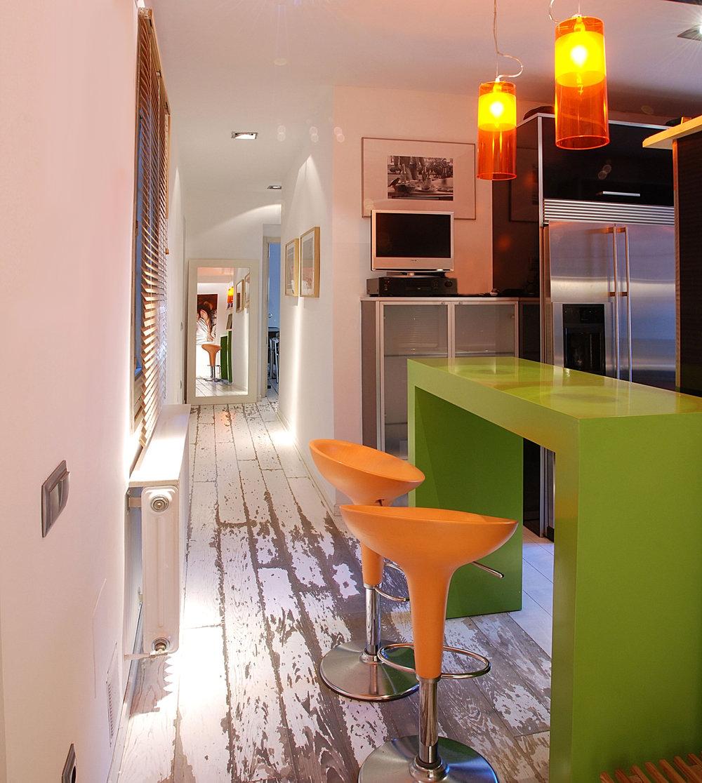 kichen hallway1.jpg