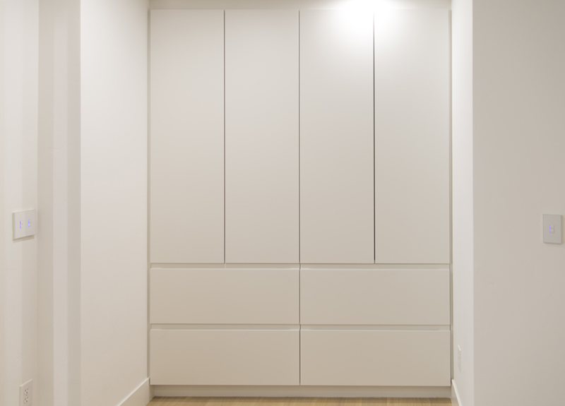 white cabinets without handles