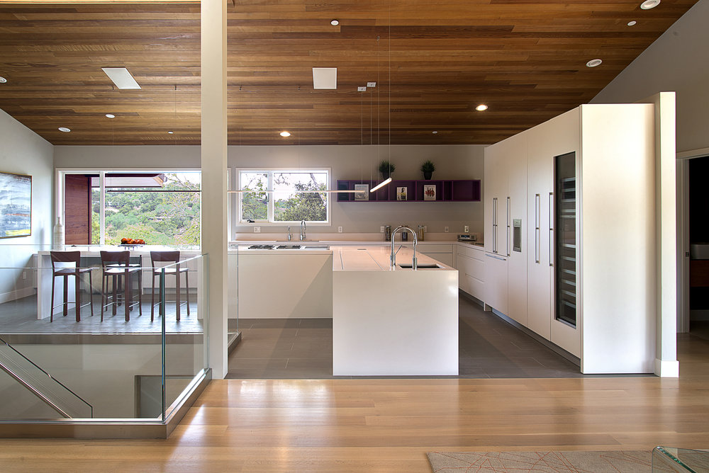 kitchen33.med.jpg