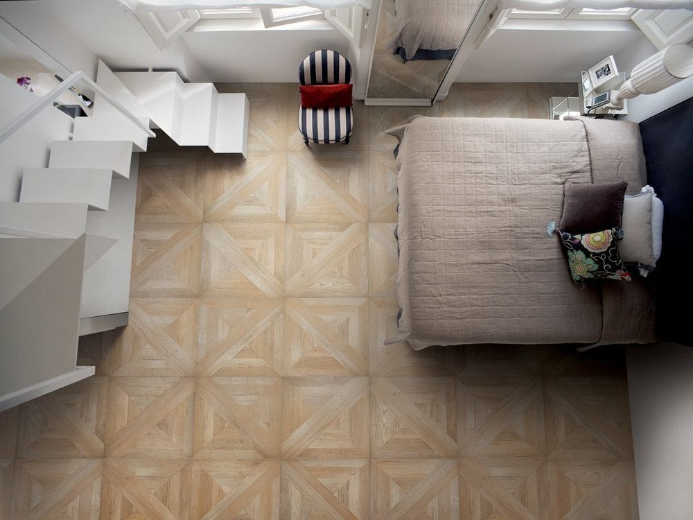 mansion-wood-look-tiles-bedroom.jpg