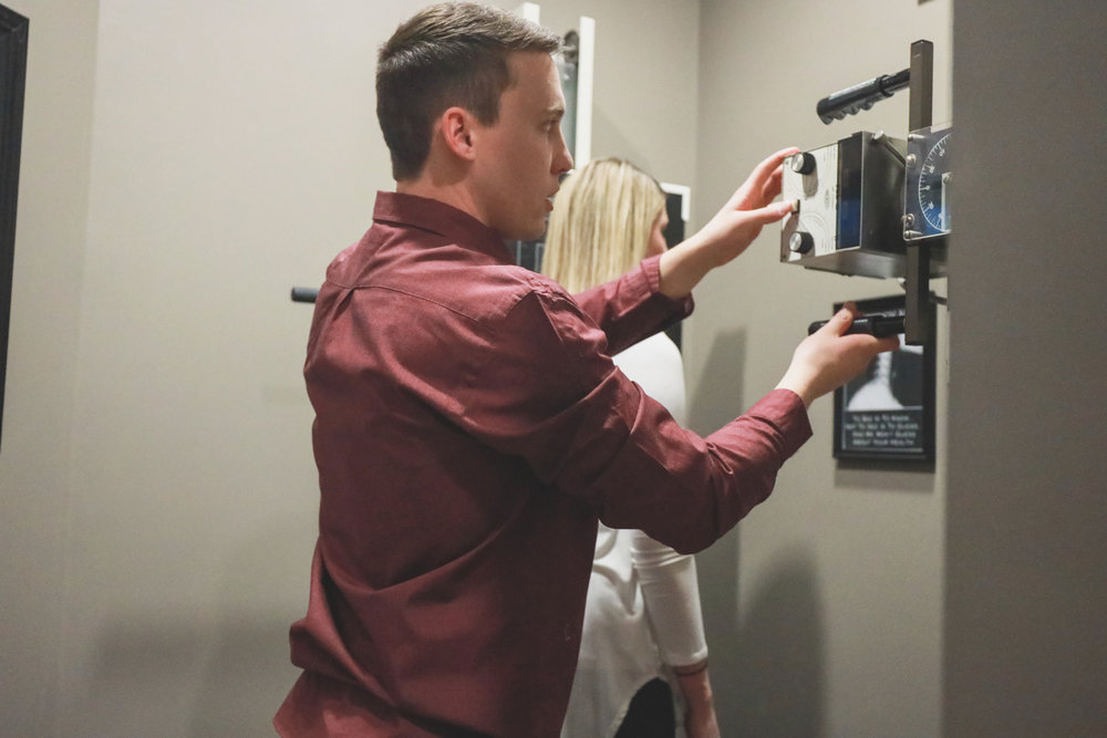 Digital Chiropractic Postural X-rays - If necessary, we have an X-ray suite on site for your convenience and cost-effectiveness. This allows the doctor to get an exact assessment of your spine and its problem areas. To see is to know!