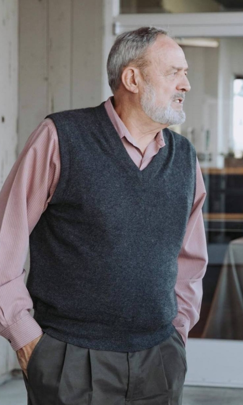 Lou Kern Portrait.jpg