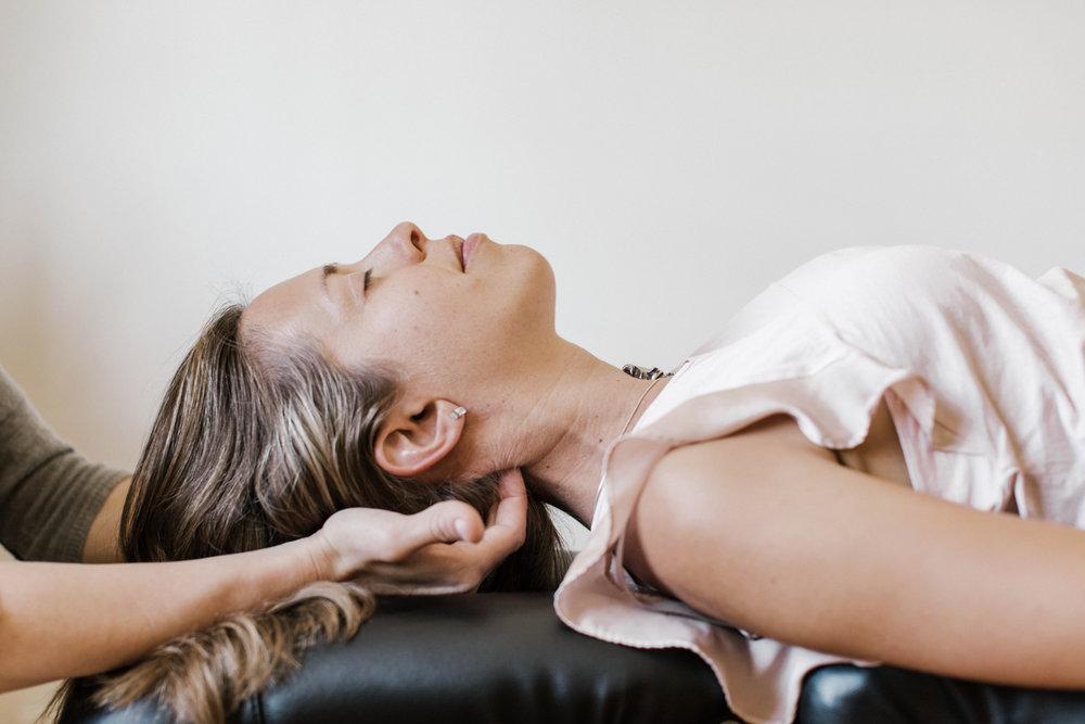 wellness-chiropractic-adjustment