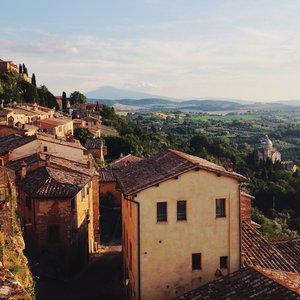 tuscany-min.jpg