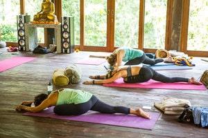 Bali+retreat+yoga+leah-min.jpg