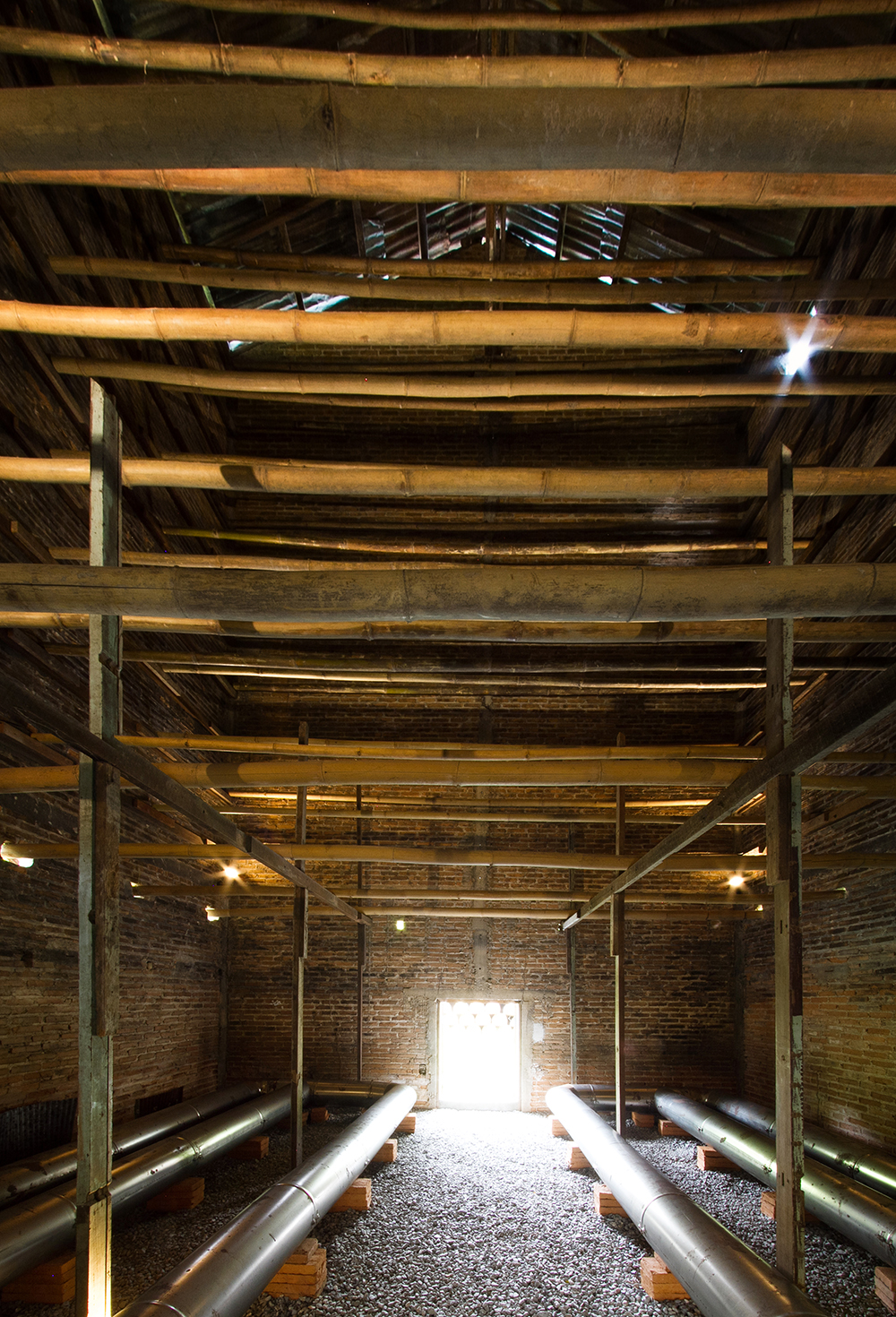 kaomai museum_original barn interior