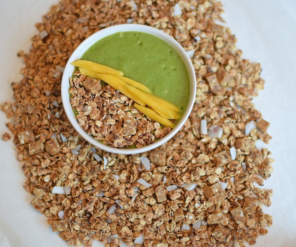 hclf-tropisk-granola.jpg