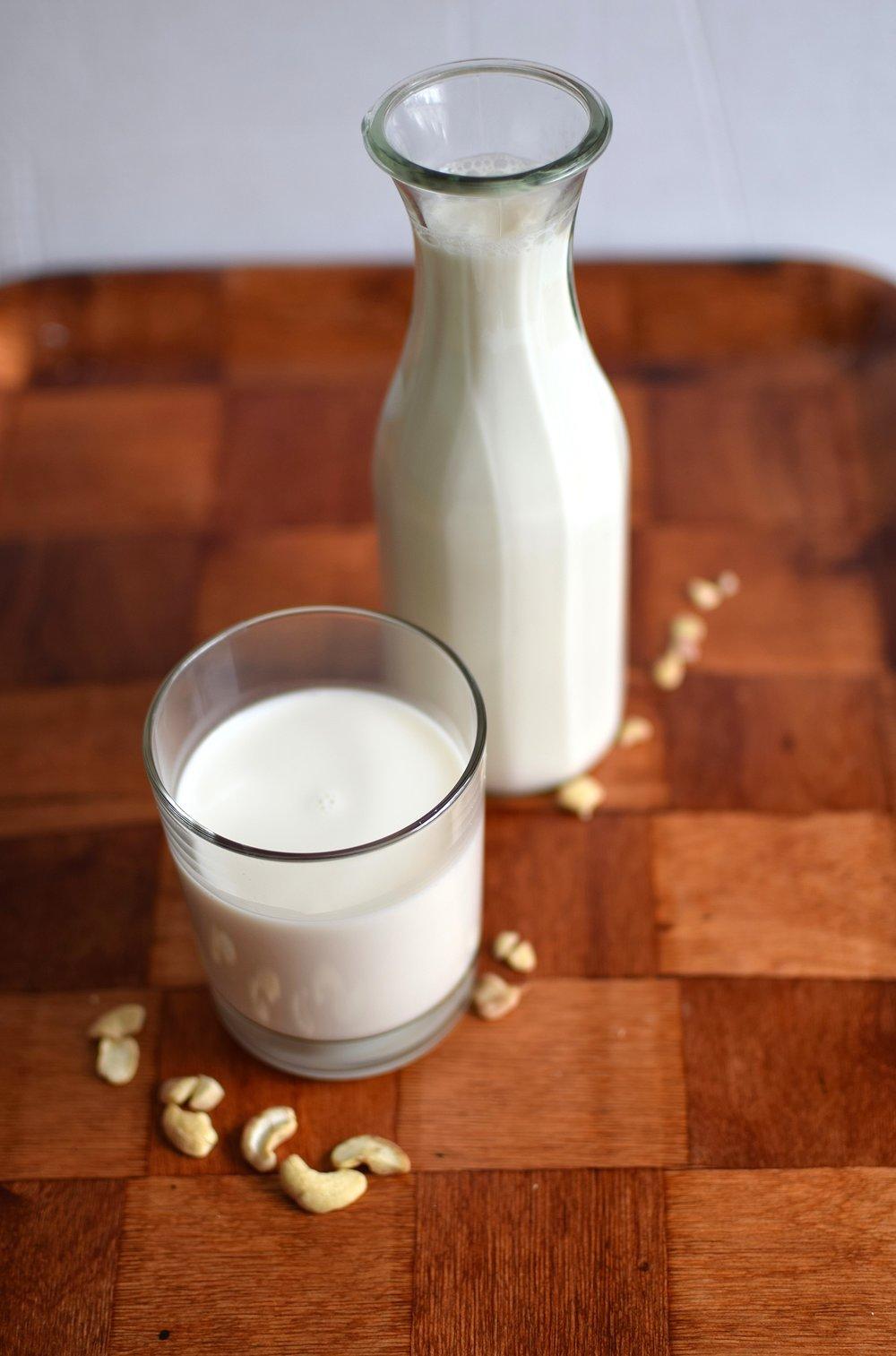 hemmagjord-cashew-mjolk.jpg