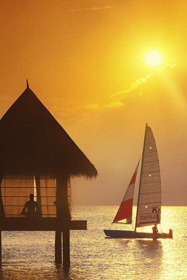 004 Dhigu Anantara Maldives.jpg