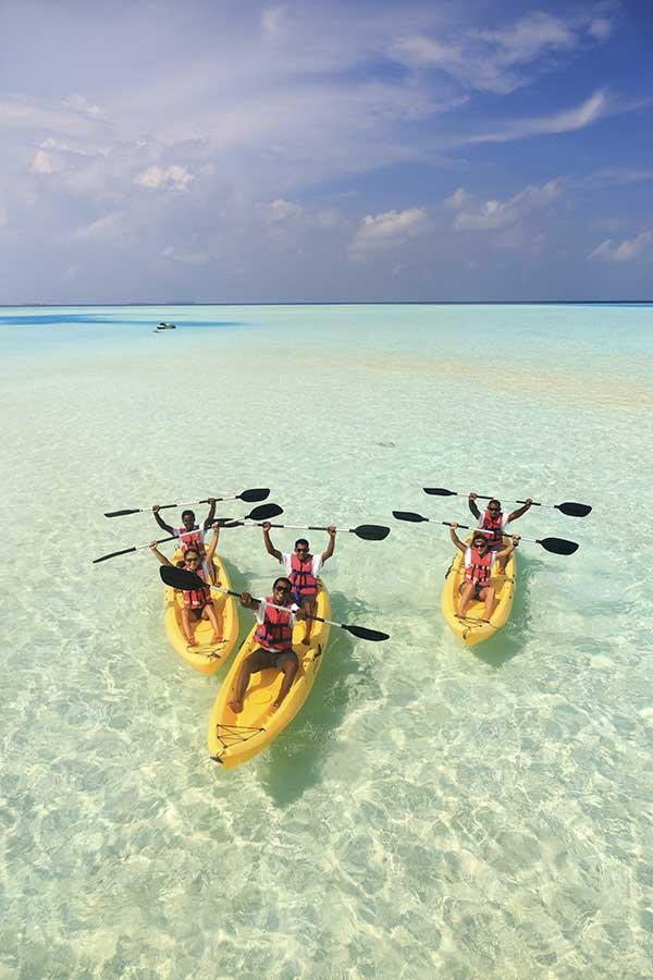 010 Dhigu Anantara Maldives.jpg