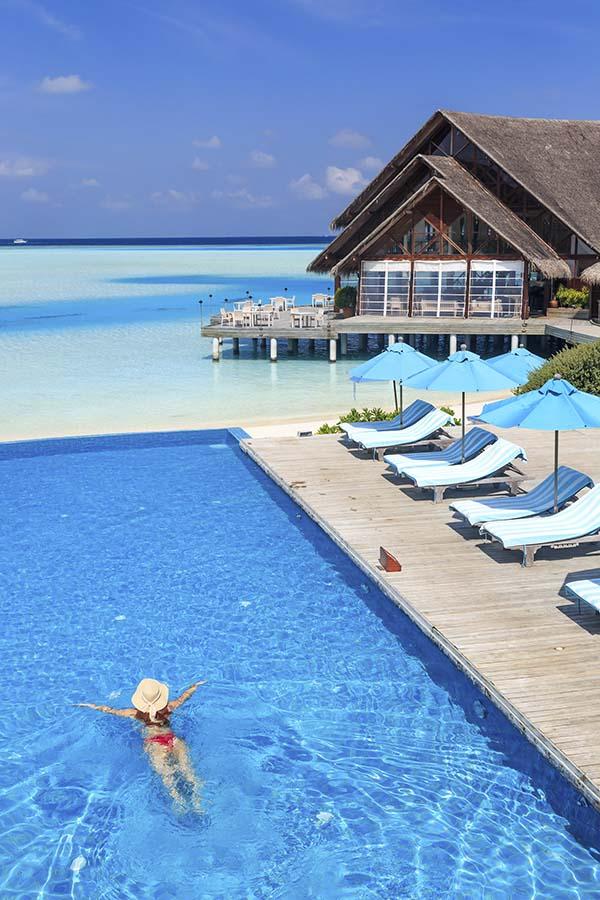 013 Dhigu Anantara Maldives.jpg