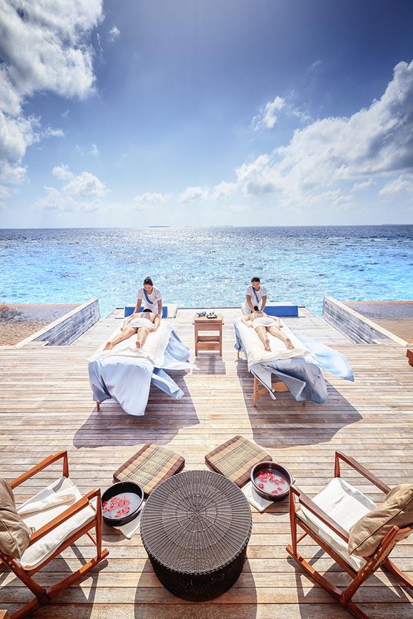 002 Kihavah Anantara Maldives.jpg