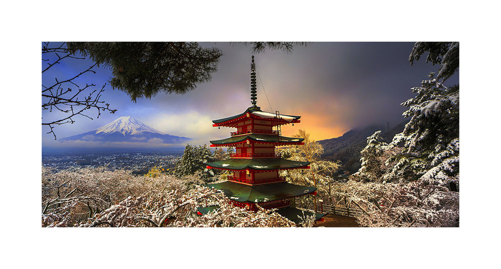 Chureito Pagoda and Mount Fuji, Japan