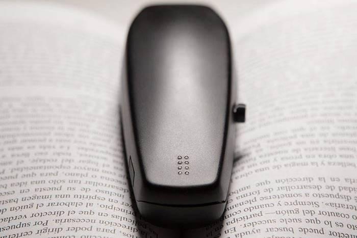 ¡Estas Navidades… regala BraiBook! - BraiBook es una excelente opción para la educación, la lectura, el aprendizaje de idiomas y el braille. Estas Navidades… Crea tu propio mundo en braille con BraiBook.