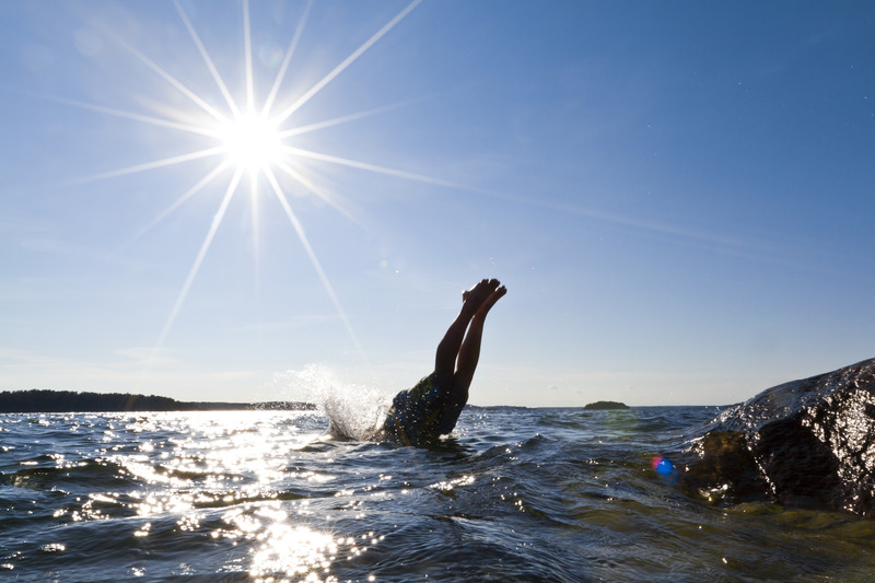 A swim in the archipelago_Photo_Henrik Trygg_Low-res.jpg