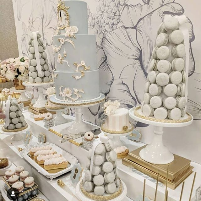 So excited for this year's bridal shower sweet tables! Thinking back to this Cinderella inspired table we designed for an amazing bridal shower last year for @krystal.avilaxo 💖🗝️ If you are thinking of having a sweet table contact me to see if your date is still available to avoid disappointment🗓️ . . . #theartofsweets #sweets #sweettable #sweetstable  #dessert #desserttable #bridalshower #cinderella #cinderellatheme #bridal #bridalshowerdecor #torontoweddings #cake #macarontower #macaron #donuts #cookies #eclairs #minicake #toronto #clockstrikes12 #clockstrikestwelve #spoilyourguests