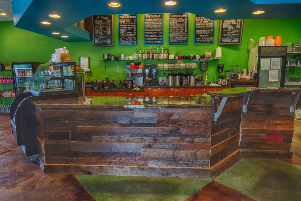 Yola's Cafe (2 of 3).jpg