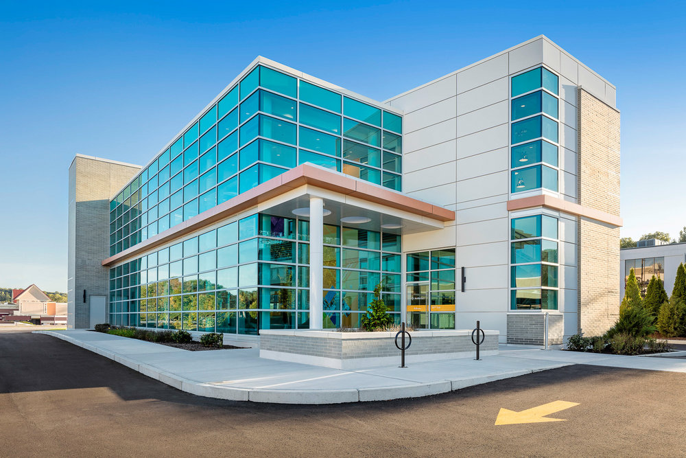 Avidia Bank Framingham, MA. Architectural design by Studio Q Architecture.