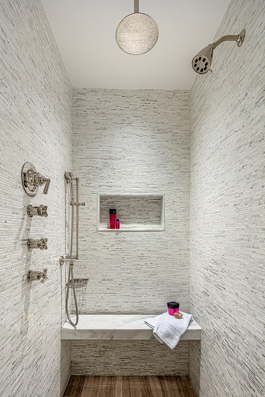 CV_RI_38_HC-Master Bath-9473-B.jpg