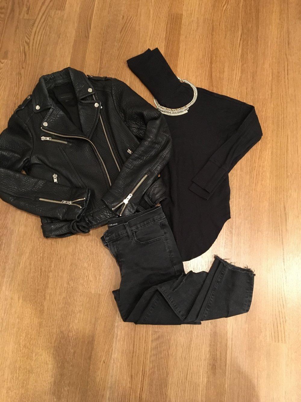 Jacket/Turtleneck/Jeans