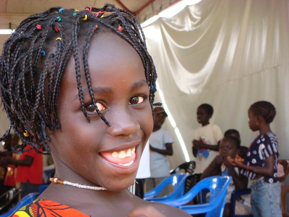 Guinea-Girl-Africa-Black-African-Child-Bissau-444694.jpg