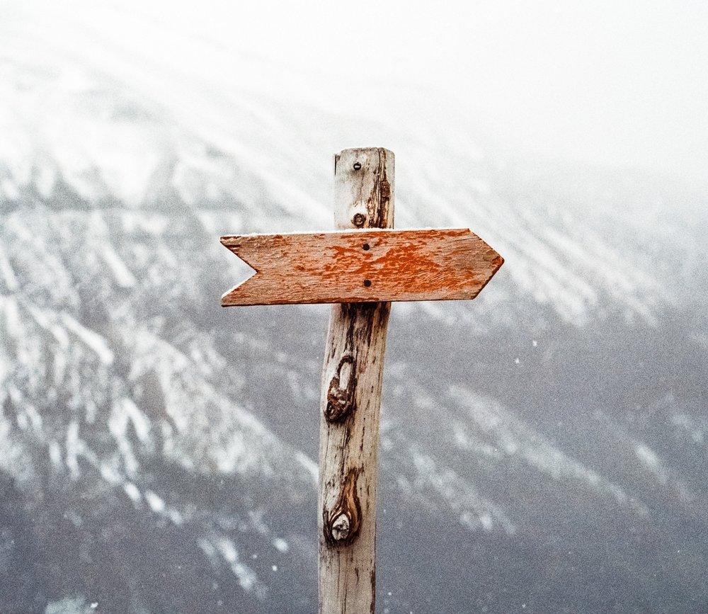 adventure-ahead-arrow-lost.jpg