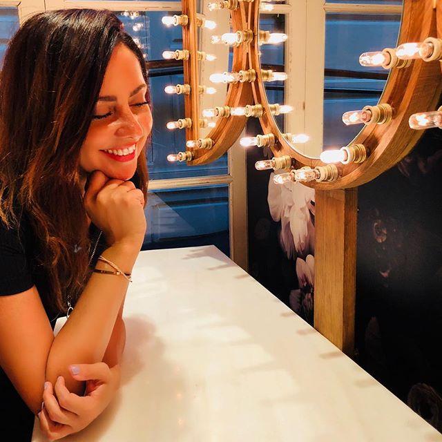 Gracias a la vida, que me ha dado tanto, me ha dado la risa & me ha dado el llanto... Como decía Violeta Parra ☀️!! Fotografía de mi querida @mavittta . . . . . . . . . . . . . . . . . . . . . . . . . #love #grateful #instagramers #envywear #tweegram #photooftheday #lifeisgood #amazing #smile #follow4follow #like4like #look #instalike #igers #picoftheday #food #instadaily #instafollow #followme #girl #instagood #bestoftheday #instacool #envywearco #fun #colorful #style #smile