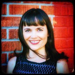 Vanessa Anton - Improviser | Improv Teacher | Creator: UnPaired